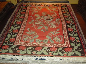 Bessarbin Kilim  (7' x 9'9 Estate $795) Comes w/ rug pad, $125 value